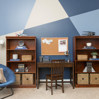 Inspiration for a mid-sized transitional boy carpeted and beige floor kids' room remodel in Nashville with beige walls