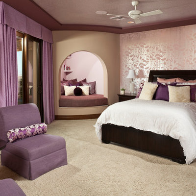 Inspiration for a mid-sized timeless girl carpeted kids' room remodel in Las Vegas with multicolored walls