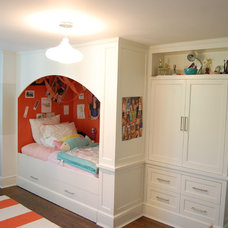 Contemporary Kids by Signature Home Remodeling, LLC