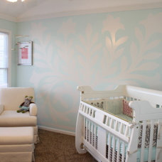 Traditional Kids White and Cream Nursery