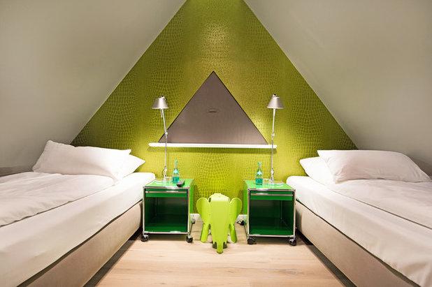 Modern Kinderzimmer by Immofoto-Sylt