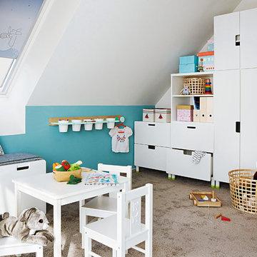 Kinderzimmer mit viel Stauraum