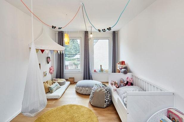 Skandinavisch Kinderzimmer by smyk fischer architekten