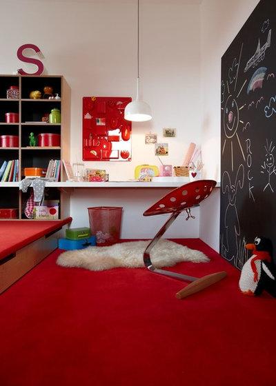 Modern Kinderzimmer by Burkhard Heß