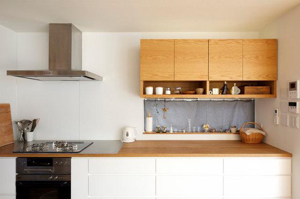 Contemporary Kitchen by 株式会社 H建築スタジオ