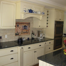 Traditional Kitchen by Cutting Edge Design