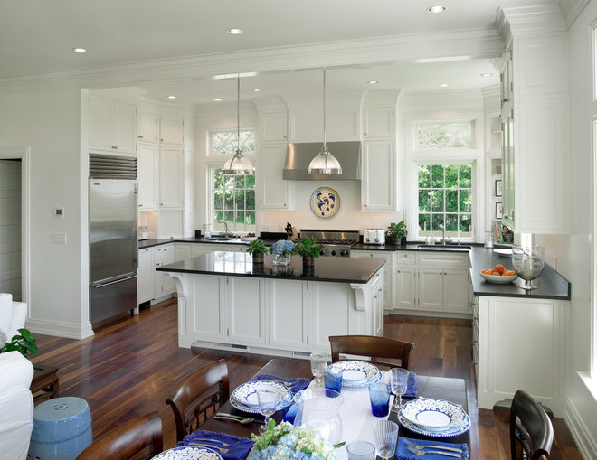 Traditional Kitchen by Andreozzi Architects
