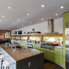 Contemporary Kitchen by Chris Pardo Design - Elemental Architecture