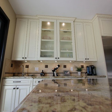 100 - Huntington Beach - Traditional Luxury Kitchen Remodel with Custom Cabinets