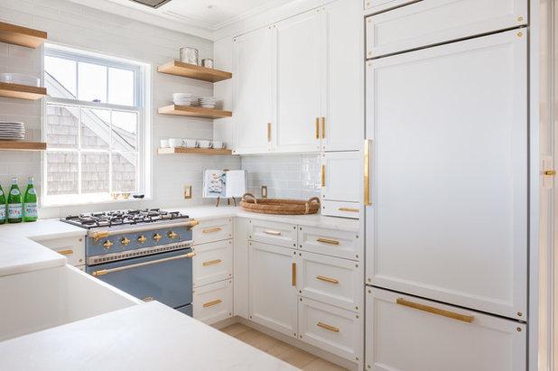 Kitchen by Jonathan Raith Inc.