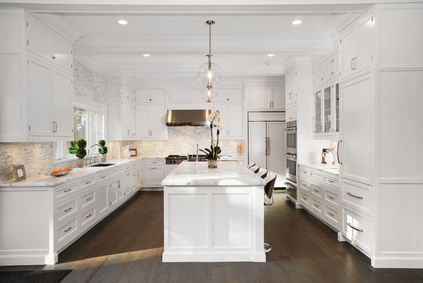 Traditional Kitchen by Moka Design, LLC