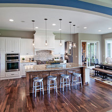 Kitchen by Creek Hill Custom Homes