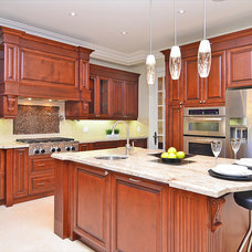 Traditional Kitchen by TEKA KITCHEN GALLERY