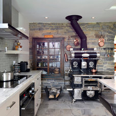 Transitional Kitchen by Cedarstone Homes Limited