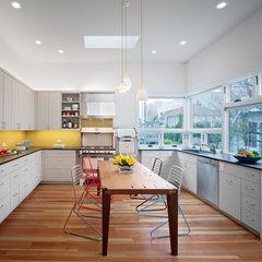 modern kitchen by Chr DAUER Architects