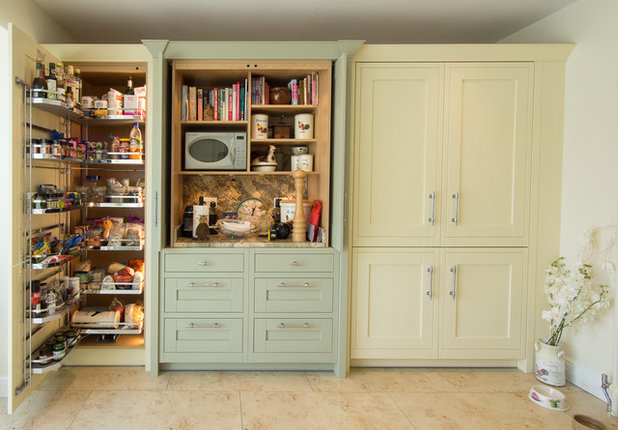 Traditional Kitchen by Andrew Williamson