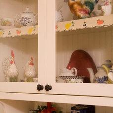 Traditional Kitchen by Sadro Design Studio Inc.