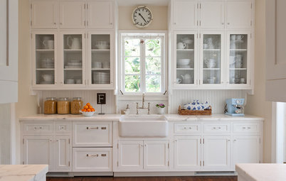 In the Clear: Why See-Through Kitchen Cabinets Make Sense