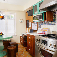 eclectic kitchen by Erica Islas  / EMI Interior Design, Inc.