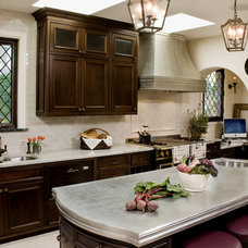 Traditional Kitchen by Jenna Wedemeyer Design, INC.
