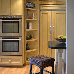 Elegant kitchen photo in Portland