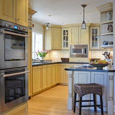 Traditional Kitchen by Brian Dittmar Design, Inc.