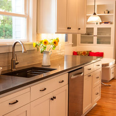 Traditional Kitchen by MkM Architecture Inc