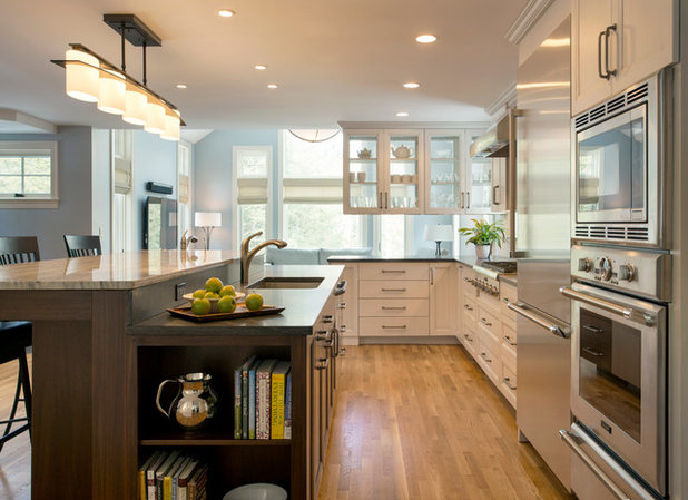 Relocated Colonial Kitchen More Than Doubles in Size