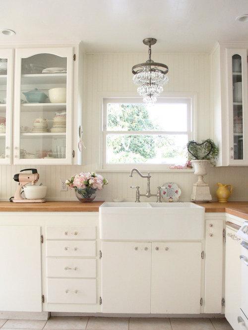 Cuisine romantique avec un plan de travail en bois photos et id es d co de - Deco cuisine romantique ...