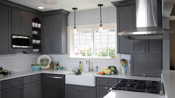 1940s Whitefish Bay Kitchen gets Modern Makeover