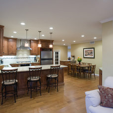 Traditional Kitchen by Valley Home Builders