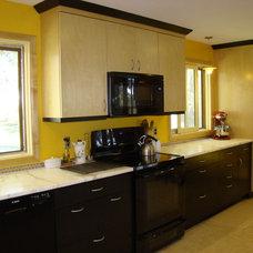 Midcentury Kitchen by Robin Amorello, CKD CAPS - Atmoscaper Design