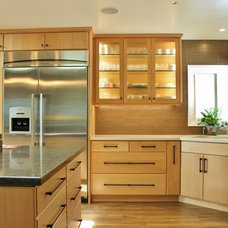 Contemporary Kitchen by MDB Design Group