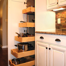 Traditional Kitchen by Master Custom Home Remodeling