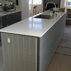 Modern Kitchen by Five Twenty Two Industries