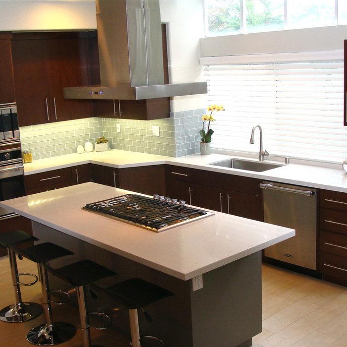 OC 2-tone Mid Century Mod Kitchen