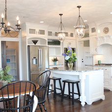 Traditional Kitchen by Bradd W. Syring LLC - Custom Homes
