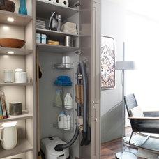 Traditional Kitchen by LEICHT New York / LEICHT Westchester