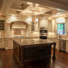Traditional Kitchen by O'Neal Builders, Inc.
