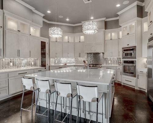Küchen mit Arbeitsplatte aus Recyclingglas und Betonboden Ideen ...