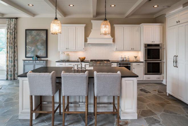 Traditional Kitchen by Dillard-Jones Builders, LLC