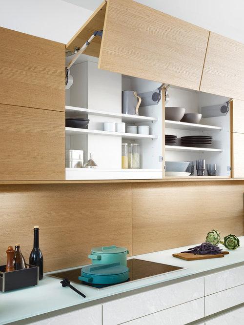 offene k chen mit glas arbeitsplatte ideen bilder houzz. Black Bedroom Furniture Sets. Home Design Ideas