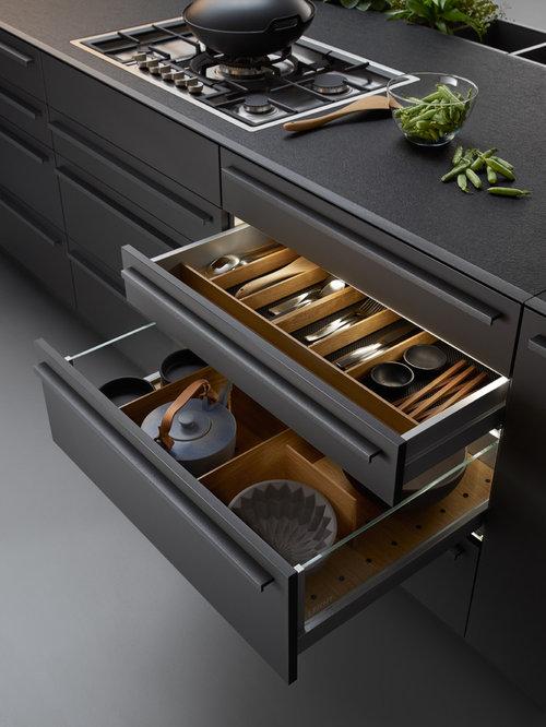 Küchen mit brauner küchenrückwand und betonboden ideen & bilder ...