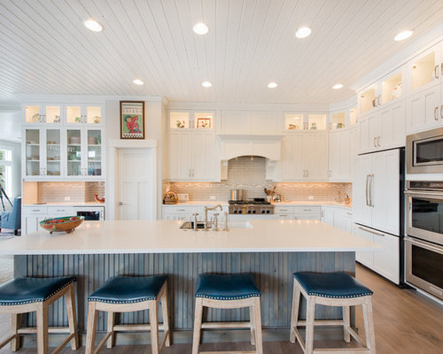 Large Transitional Eat In Kitchen Appliance   Inspiration For A Large  Transitional L Shaped
