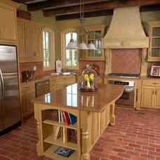 Traditional Kitchen by Trautmann Design - Build