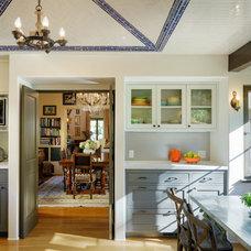 Mediterranean Kitchen by Lewis / Schoeplein architects