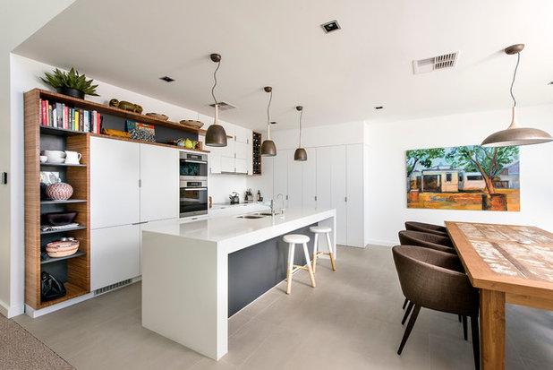 visite priv e une maison sur lev e pour profiter de la vue. Black Bedroom Furniture Sets. Home Design Ideas