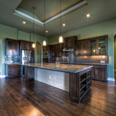 Contemporary Kitchen by Jeff Watson Homes, Inc.