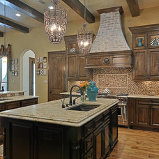 Traditional Kitchen by Larry Stewart Custom Homes