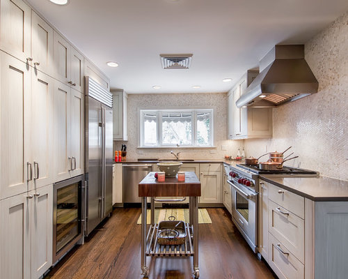 Small condo kitchen designs houzz for Small kitchen designs for condos